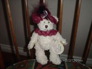 Brass Button Pickford Bears Vanessa Love Retired 2000