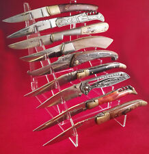 Présentoir en plexi pour 9 couteaux , réf C9.