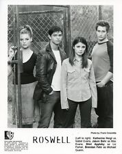 SHIRI APPLEBY KATHERINE HEIGL JASON BEHR BRENDAN FEHR ROSWELL 2000 WB TV PHOTO