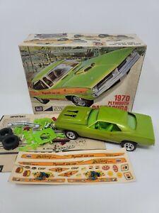 VINTAGE 1970 PLYMOUTH BARRACUDA MPC  MODEL CAR KIT IN THE BOX JUNKYARD # 270-200