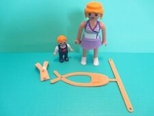 Playmobil figures MODERN WOMAN + BABY/TODDLER + SNUGLI / YELLOW CHEST SLING