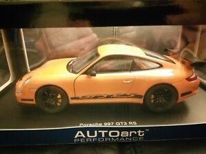 1:18 Autoart 77991 Porsche 911 997 GT3 RS Orange with Black Stripes