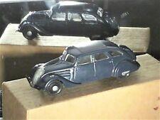 PEUGEOT 402 1937/44 , édition DUBRAY (1ére série 1980). 1:43 bleu marine