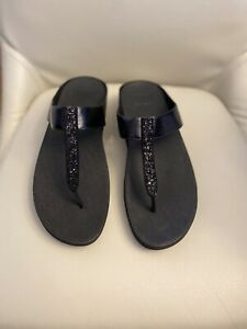 FitFlop Womens Cirque Black T-Strap Sandals Size 11 (2210608)