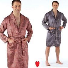 Pijamas y batas de hombre azules de satén
