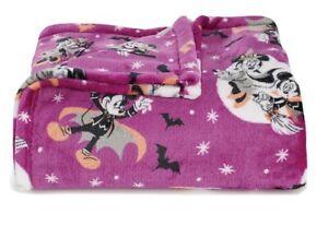 Disney Mickey Mouse Halloween The Big One Oversized Throw Blanket 60x72 NEW