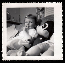 GIGGLING GIRL HUGE MICKEY MOUSE DOLL RELAX on COUCH ~ 1950s VINTAGE PHOTO!