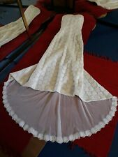 Chantilly Lace Wedding Dress Vintage