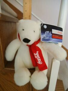 2007 NWT COCA COLA POLAR BEAR RED SCARF 7 INCHES IN SEATED POSITION FREE SHIPPIN