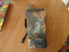 Used Camo Hunting Belt Quiver Archery Broadheads