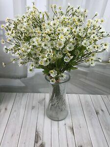 Artificial flower , plastic flower , mini Daisy bundle x 6