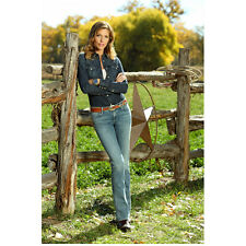 Killer Women with Tricia Helfer as Molly Parker Against Fence 8 x 10 Inch Photo