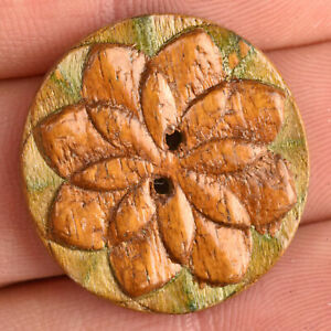 """VTG Wood Picture Sewing Button Embossed Two-Tone Flower 1 1/16"""""""