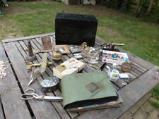 LOVELY VINTAGE COLLECTION OF CURIOS & COLLECTABLES IN VINTAGE HAND CARVED BOX.
