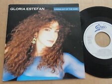"DISQUE 45T DE GLORIA ESTEFAN  "" COMING OUT OF THE DARK """