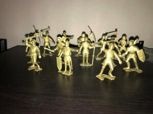 14 Gold Marx Recast Medieval Knights - 54mm Scale