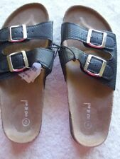 Buckle Low (3/4 in. to 1 1/2 in.) Solid Sandals & Flip Flops for Women