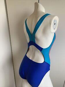 Womens Speedo swimsuit size 8 blue one piece hydro bra