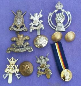 JOB LOT OF CAVALRY BADGES & BUTTONS