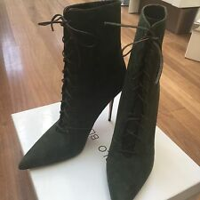 Manolo Blahnik Boots -New In Box-Handmade -Size EU 40 (39) Elegant And Rare