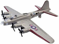 Hot Wings. 17106. B-17 Flying Fortress. Silver. New in Pack!