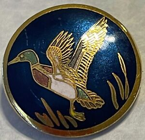 Vintage Button Enamel Duck in Flight Mallard