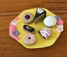 Kidsview Uneeda Tea Party Bunnies Sweet Azalea Bunny Chef 7 Mini Pastry Pie Cake