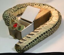 """VINTAGE JAPANESE JACK IN THE BOX LIKE TOY """"SNAKE IN A BOX"""" JUMPS OUT AS IS"""