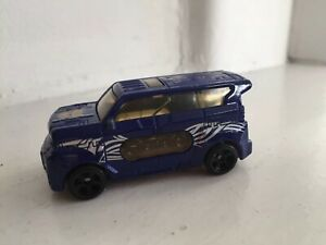 TRANSFORMERS DIE CAST CAR.