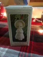 Precious Moments -Share In The Warmth Of Christmas - Ornament 527211