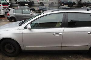 VW Passat 3C TÜR Vorn Links ohne Anbauteile Farbe grau 32290