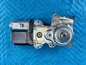 Infiniti QX56 QX80 Nissan Armada Liftgate Motor 90560-1V81A OEM