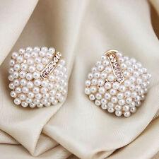 1 Pair Retro Sweet Crystal Rhinestone White Pearl Rhombus Ear Stud Earrings
