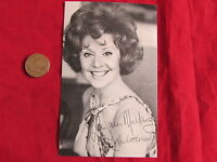 Rita LITTLEWOOD / TANNER  Early  CORONATION  Street  Signed Cast Card