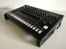 Stand Roland Tr8s Minimal black