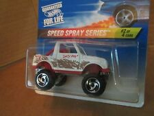 Hot wheels street roader SUZUKI SAMURAI tracker 4X4  dirty dog AS PICTURED