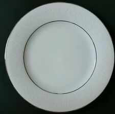 TAHOE by Noritake BREAD & BUTTER/APPETIZER PLATES White Floral on White, Mint