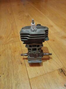 Genuine Husqvarna 135 mk2 Chainsaw engine cylinder and pistion crankshaft