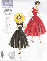 Vogue Vintage Original 1957 Design Dress & Belt Sewing pattern from UK V1172