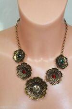 Collares y colgantes de bisutería color principal bronce de cristal