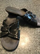 CLARKS Slip On Slide WOMEN SANDALS COMFORT SHOES Sz 7 1/2 7.5  Black RARELY WORN