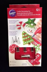 Wilton 12 Piece Cookie Frosting Decorating Set - 4 Tips 8 Bags - Cupcake Cake