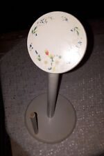 NEW PAPER TOWEL HOLDER  . SOLID  TIMBER /WOODEN hand painted flowers