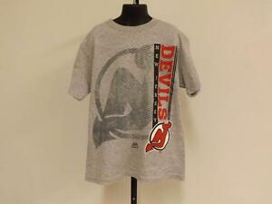 New Jersey Devils Youth S Small Majestic  Shirt 82TF