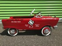 1960s Murray Pedal Car, Good Condition, Few Scratches, couple Paint Chips...