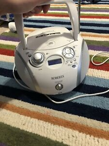 Roberts ZOOMBOX3 Portable Radio with CD Player - White/Silver