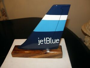 JET BLUE AIRLINE WOOD MODEL AIRPLANE TAIL AIRCRAFT PILOT GIFT DESK OR BOOKCASE