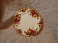 """Vintage Royal Albert Old Country Roses Bread and Butter Plate 6"""" 1962"""