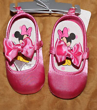 NEW Disney Store Minnie Mouse Mary Jane Pink bow crib Shoes  Sz 12-18 mos