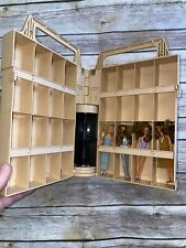 Vintage Glamour Gals Girls ShowPlace Case Kenner 1981 4 dolls